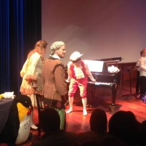 Mozart (Haldor Mæland) spiller baklengs!